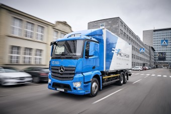 Hamarosan az utakon lehetnek a Mercedes új elektromos teherautói