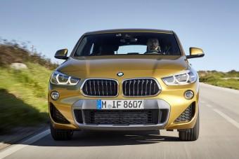 Az X2-es BMW-re bukhatnak a nők. Meg a férfiak