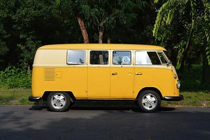 Trendi retró busz 30 milláért: VW Multivan Bulli 4