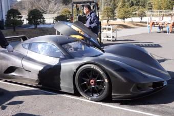 1,9 alatt van százon a japán sportkocsi