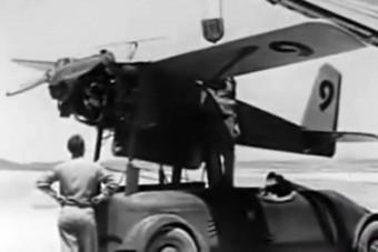 Világháborús rakétát reptetett ez az autó