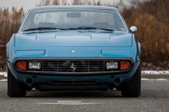 Itt az egyik legolcsóbb ritka Ferrari