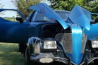 Szerinted hány autóból rakták össze ezt a borzalmat?