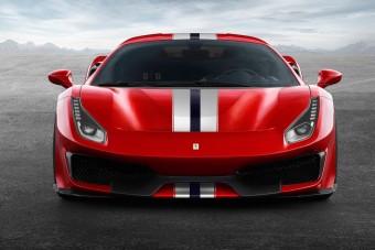 5 hegyes, középmotoros Ferrari nyolc hengerrel