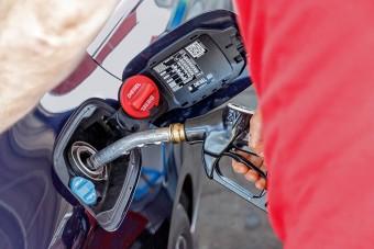 Benzin vs. dízel: kiderült, mit választanak szívesebben itthon az autóvásárlók