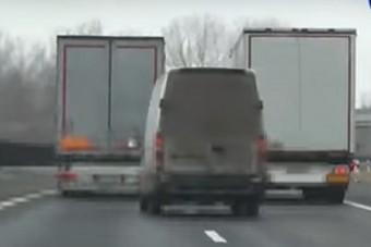 Kamionosok: a rendőrség tudna rendet tenni az utakon