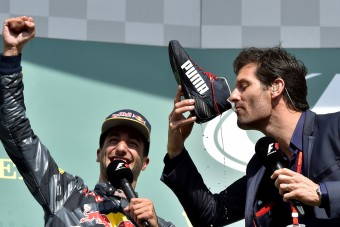 F1: Ricciardo a jövő helyett Verstappenre koncentráljon!