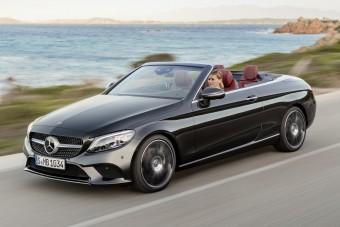 Mercedes C-osztály modellfrissítés: a kupé és a kabrió is megújult