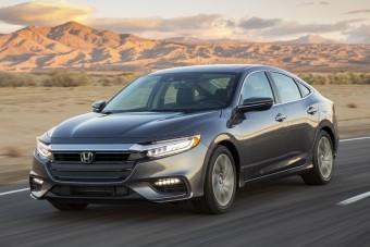 Szedánként tér vissza a Honda legendás hibridje