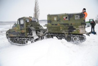 Kipróbáltuk a hóhelyzetben mentő lánctalpast