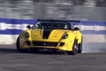 Ha driftre kell, akkor a Ferrari is jó lesz