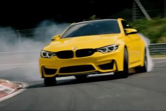 Féktelenül csapatnak ezzel a BMW-vel a Nürburgringen