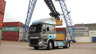 Magyarországon gyártott váltó dolgozik az EMOSS nyerges vontatóban