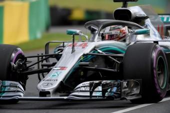 F1: Hamilton agyonverte a mezőnyt, Bottas a falban