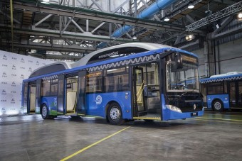 Dinoszauruszra hasonlít az új orosz busz