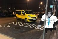 Világbajnok parkolás a győri Aldinál, csak gratulálni tudunk 2