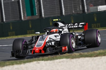 F1: Nevet és festést változtat az amerikai csapat