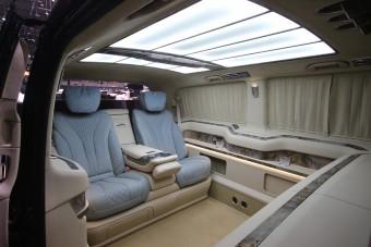 Így fejelik meg az oroszok egy Mercedes kisbusz luxusát