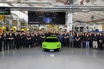 Legördült a tízezredik Lamborghini Huracán a szalagról