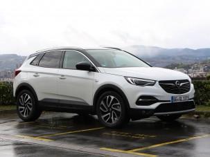 Combos dízelmotort és csipetnyi luxust kapott az Opel Grandland X