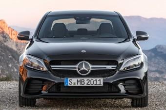 Trump kiszorítaná a Mercedest Amerikából