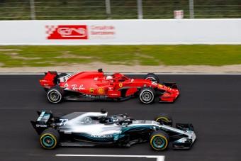 F1: Több mint 1000 kört ment a Mercedes