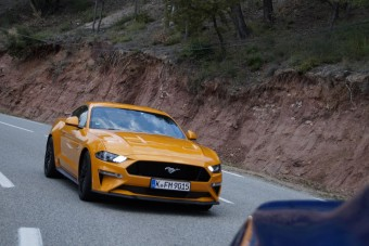 Nem csak a V8-as Mustang a jó Mustang!