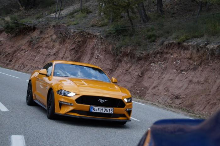 Vezettük  Ford Mustang - 2018 5666c4ec82
