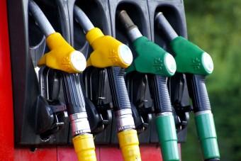 Jócskán drágul a benzin a hosszú hétvége előtt