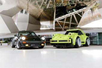 Hatalmas Lego-Porsche trónol a múzeum előtt