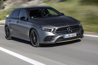 High-tech és luxus kifulladásig az új magyar Mercedesben
