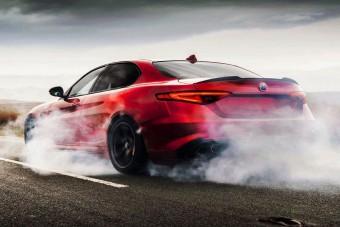 650 lóerős szuperkupén dolgozik az Alfa Romeo?