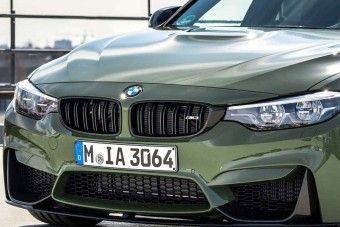Még éppen lehet kapni, ezért megmutatták, hogy milyen az M3-as katonai zöldben