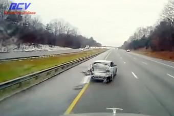Ez az autós megmutatja, mit ne csinálj az autópályán