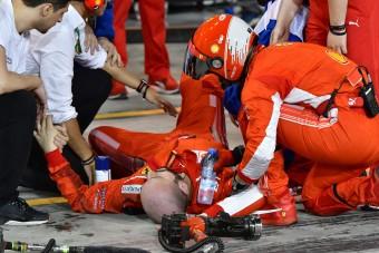 F1: Így gázolta el Räikkönen a Ferrari-szerelőt - videó