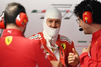 Vettel: Három nagy baja van a Ferrarinak
