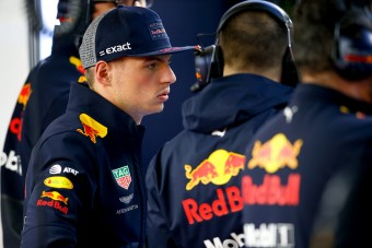 F1: Verstappen ismét meghunyászkodik
