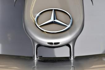 F1: Lefújták a Mercedes-fejlesztést