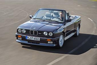30 éves a BMW legsportosabb kabriója