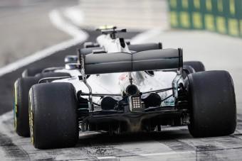 F1: A Mercedes kedvéért változtat a Pirelli