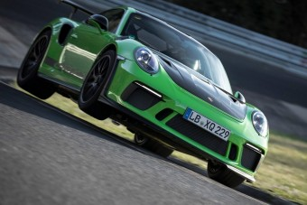 Villámgyorsan ért körbe a Nürburgringen a 911 GT3 RS