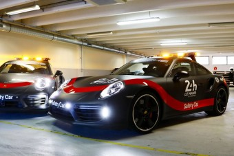 Új biztonsági autó bukkan fel Le Mans-ban