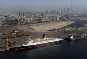 Feltámadt a Queen Elizabeth 2 luxus óceánjáró