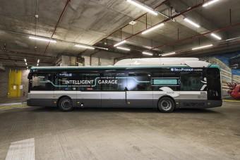 Sikeresen teszteltek egy önvezető autóbuszt Párizsban