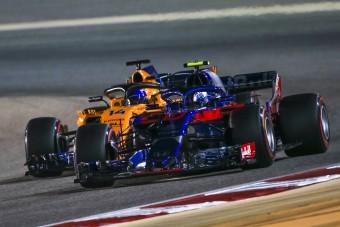 F1: A McLarenen gúnyolódik a Red Bull