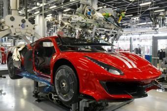 Nagyot kaszál a Ferrari