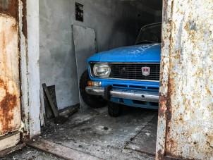 Csoda-Moszkvicsot találtak egy lakótelepi garázsban