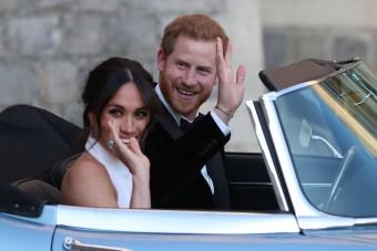 Elektromos veteránnal autózott Harry és Meghan