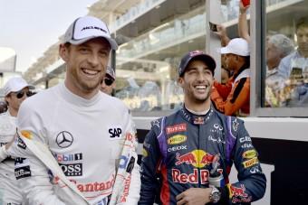 F1: Button Ricciardóra cserélné Räikkönent