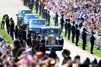 Ezek az autók vonultak a hercegi esküvőn